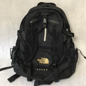 The north face backpack recon black